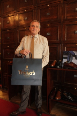 Eamon holding trickers bag xx
